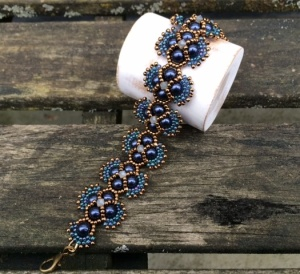 Armband Royal Blue Hindia