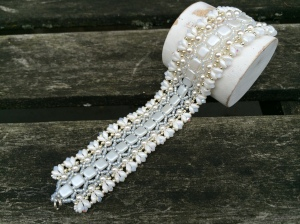 Armband Honeycomb White Bride 2