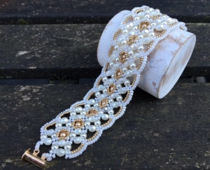 Armband Maroon White + Champagne