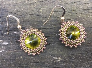 oorbellen-simple-swarovski-olive